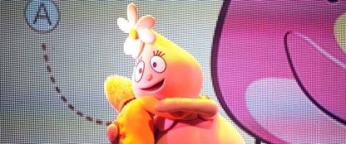 Yo Gabba Gabba hugs